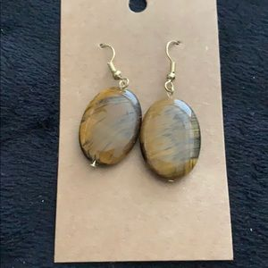 🔥NEW! Oval Tiger Eye Bead Gold Tone Hook Earrings